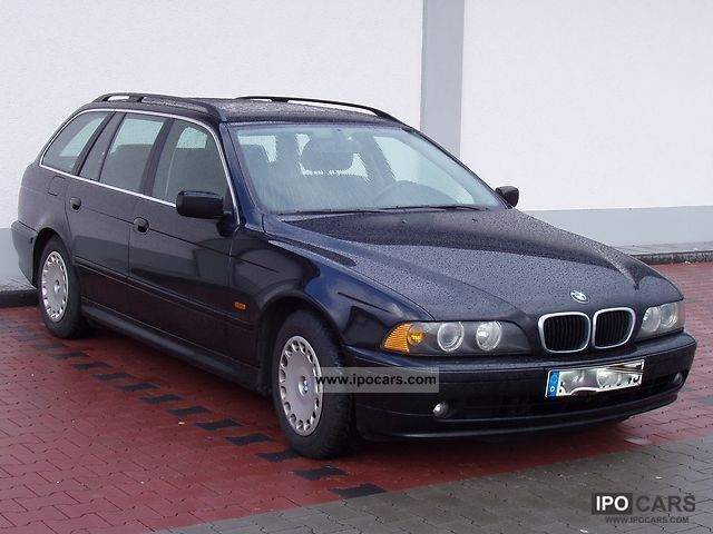 2003 BMW  525d touring Estate Car Used vehicle photo