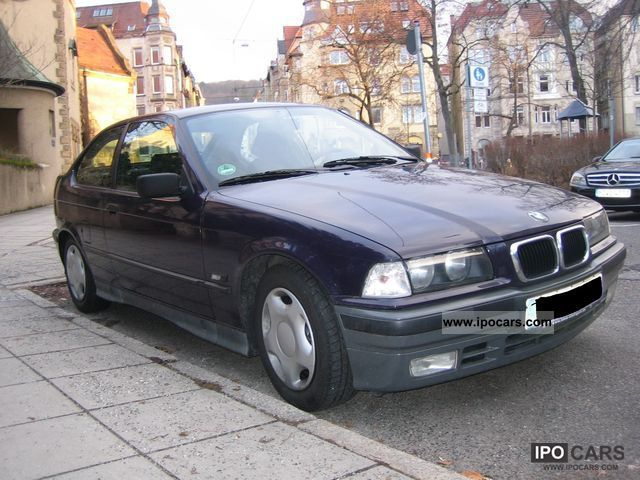 1994 BMW  316i compact Limousine Used vehicle photo