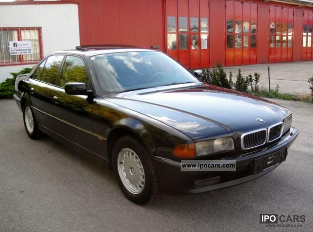 1998 BMW  728i Limousine Used vehicle photo