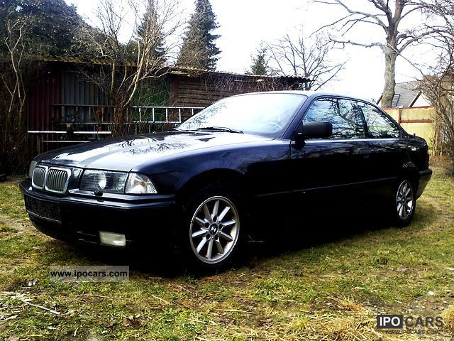 1992 BMW  320i Sports car/Coupe Used vehicle photo