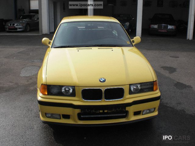 1993 BMW  ONLY 97 000 M3 KM Sports car/Coupe Used vehicle photo