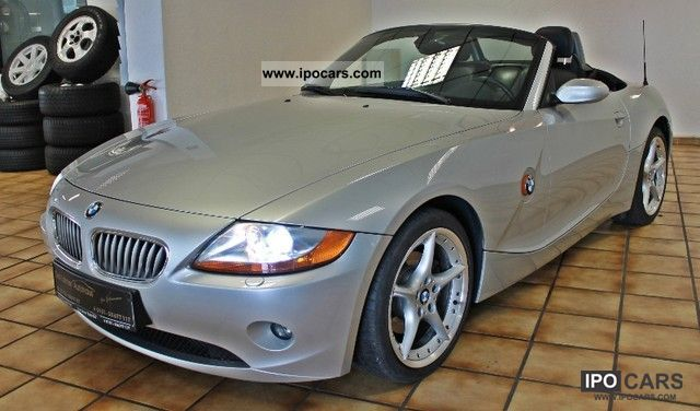 2003 BMW  Z4 roadster 3.0i/Aut/Leder/Xeno/Klima/Navi-Prof Cabrio / roadster Used vehicle photo