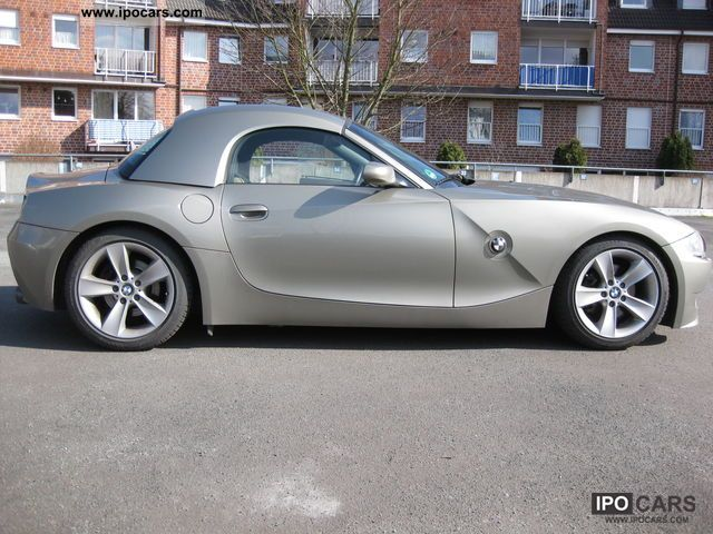 2005 Bmw Z4 3 0i Roadster Car Photo And Specs