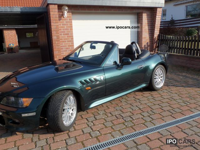 2002 BMW  Z3 Roadster 3.0i Cabrio / roadster Used vehicle photo