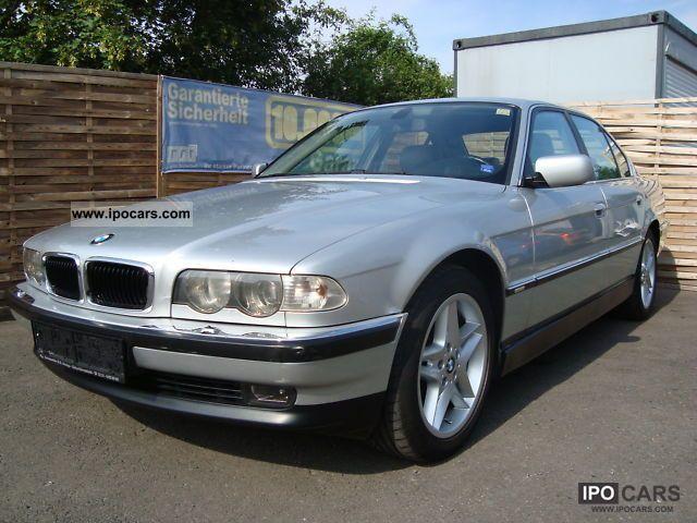 2001 BMW  730d checkbook / leather / Xenon / Klimaaut. / Navi Limousine Used vehicle photo