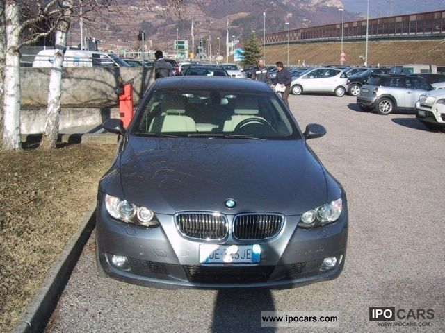 2007 BMW  330 d cat Futura coupe Sports car/Coupe Used vehicle photo