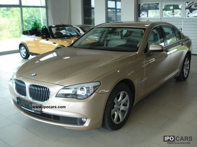 2010 BMW  730d beige active cruise control / leather Limousine Used vehicle photo