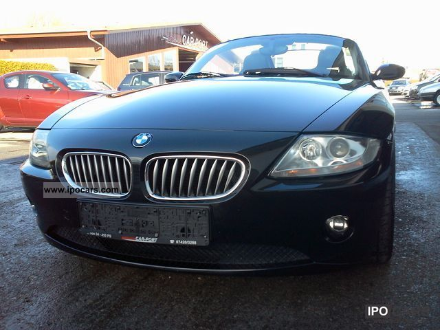 2004 Bmw Z4 3 0i Car Photo And Specs