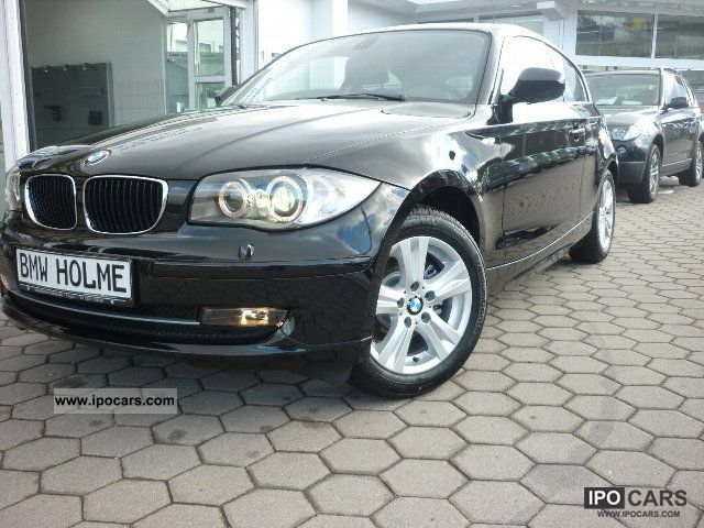 2012 BMW  118i 3-door (Xenon PDC climate 1.Hand) Limousine Used vehicle photo