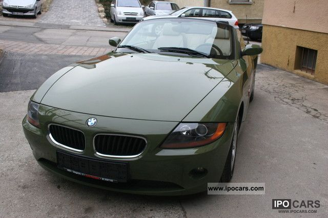 2003 BMW  Z4 2.2i roadster leather climate rarity special paint Cabrio / roadster Used vehicle photo