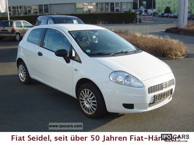 2009 fiat grande punto 1 2 8v active car photo and specs. Black Bedroom Furniture Sets. Home Design Ideas