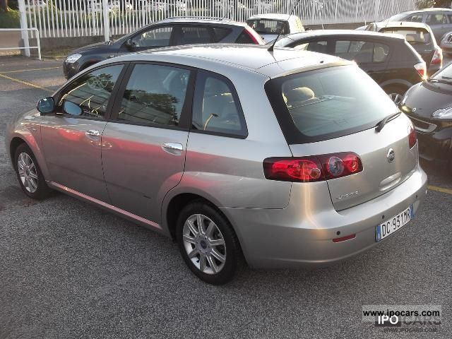 2006 Fiat  CROMA 9.1 MTJET DYNAMIC Other Used vehicle photo
