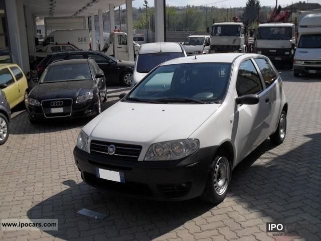 2004 Fiat  Nuova Punto Van 3.1 mjt Small Car Used vehicle photo