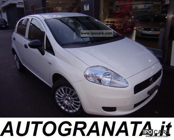 2011 Fiat  Grande Punto 1.3 M.JET KM 0 start & stop dpf Small Car Used vehicle photo
