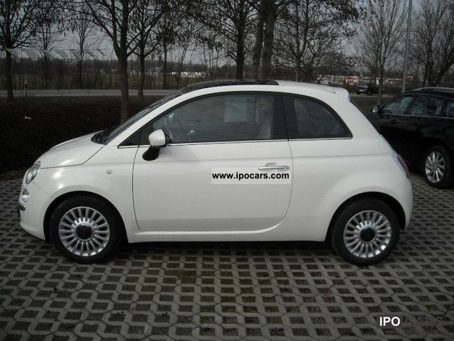 2011 Fiat  500 0.9 Start & Stop TwinAir Lounge Small Car Used vehicle photo