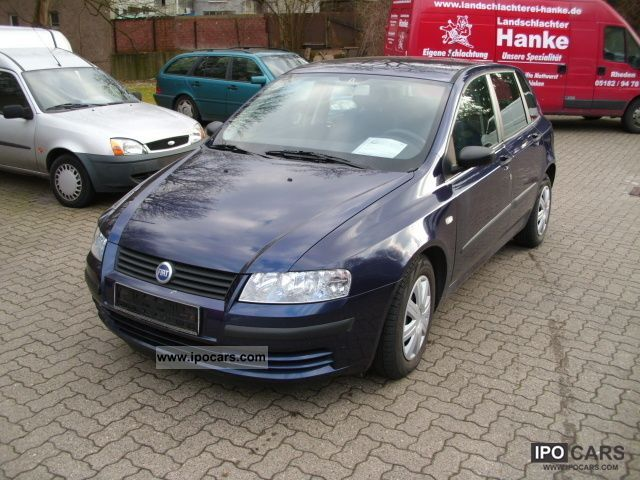 2003 fiat stilo 1 9 jtd 80 climate 2 hand car photo and specs. Black Bedroom Furniture Sets. Home Design Ideas