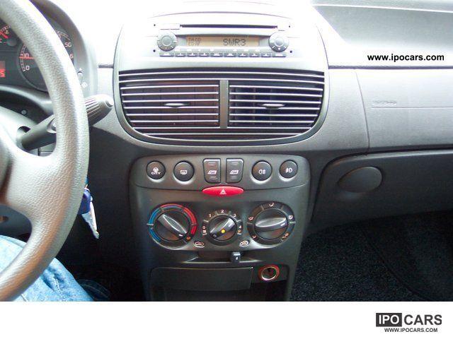 2005 fiat punto 1 2 16v dynamic car photo and specs. Black Bedroom Furniture Sets. Home Design Ideas