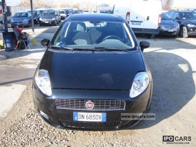 2008 Fiat  Grande Punto 1.3 16V MULTIJET 90CV 6M EMOTION Limousine Used vehicle photo