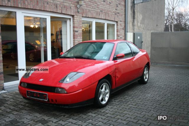 1995 Fiat  Coupe 2.0 16V Sports car/Coupe Used vehicle photo