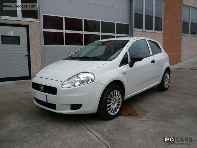 2011 Fiat  Grande Punto Van 1.3MJT/75 3p.Actual 2pt Limousine Used vehicle photo