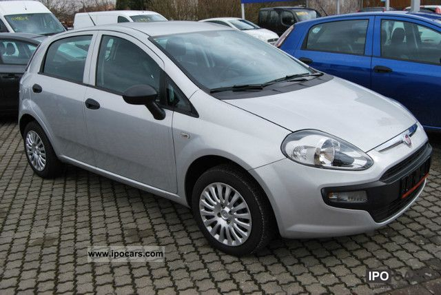 2010 fiat punto 1 3 jtd active 5 t car photo and specs. Black Bedroom Furniture Sets. Home Design Ideas