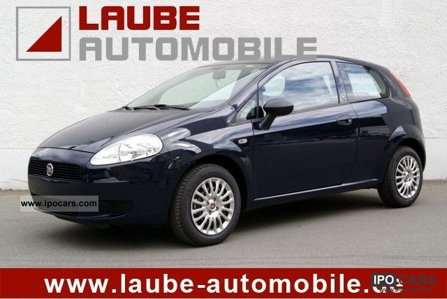 2011 Fiat  Grande Punto 1.2 Climate Small Car Used vehicle photo