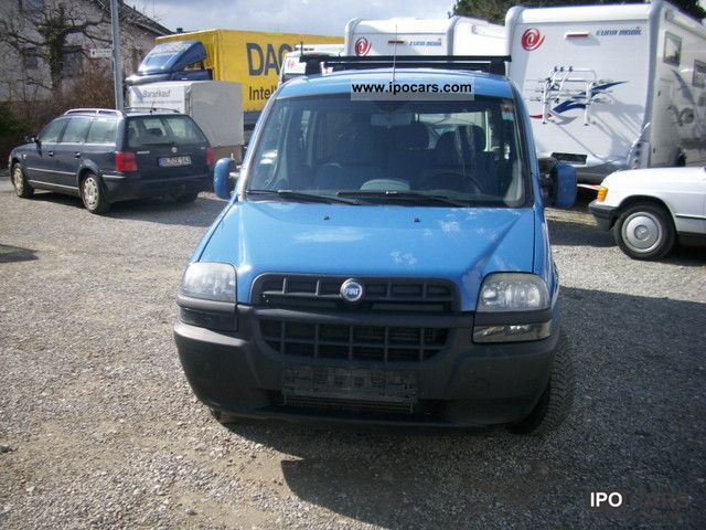 2004 Fiat  Doblo Cargo JTD Van / Minibus Used vehicle photo