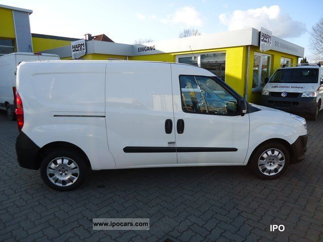 2010 fiat maxi doblo cargo 1 6 multijet sx van car photo and specs. Black Bedroom Furniture Sets. Home Design Ideas