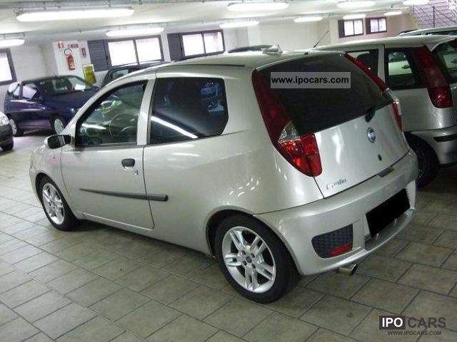 2004 fiat punto 1 2 16v dynamic 3 porte car photo and specs. Black Bedroom Furniture Sets. Home Design Ideas