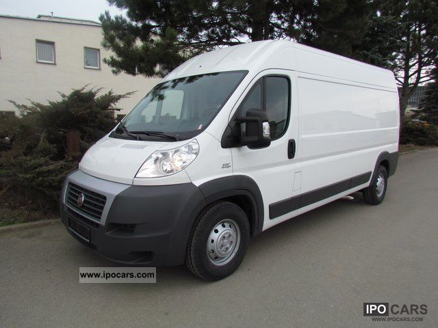 2011 Fiat  Ducato Maxi 35 L4H2 130 with tachograph Van / Minibus New vehicle photo