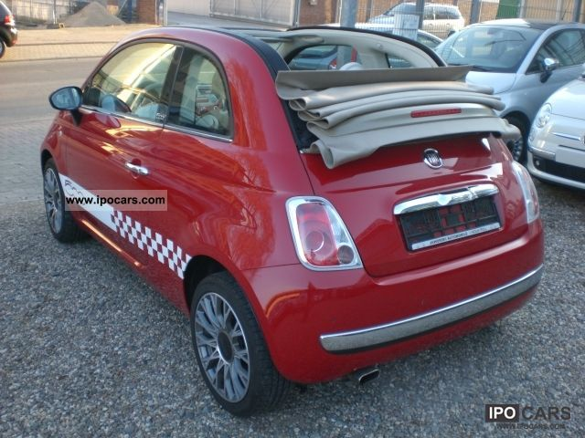 2010 fiat 500c 1 2 lounge car photo and specs. Black Bedroom Furniture Sets. Home Design Ideas