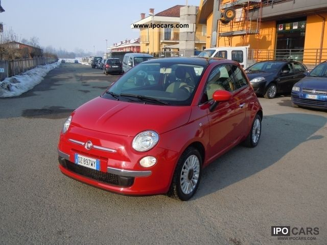 2010 Fiat  500 Small Car Used vehicle photo