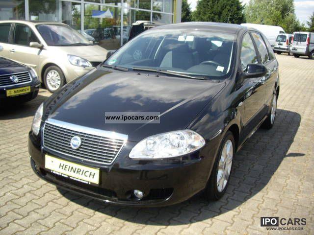 2005 Fiat  Croma 2.0 D Automatic Estate Car Used vehicle photo
