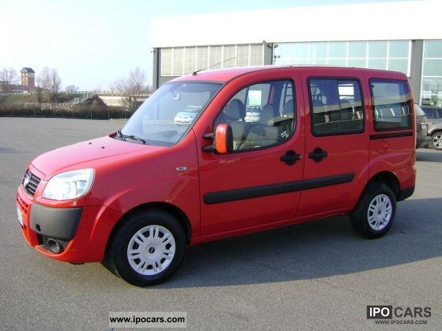 2007 Fiat  Doblò 1.9 MJ Doblo Combi 5 p.ti SX N1 Van / Minibus Used vehicle photo