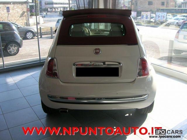 2011 Fiat  500 1.2 CONVERTIBLE AUTOMATIC * CLIMA - PERFETTA - 67 Cabrio / roadster Used vehicle photo