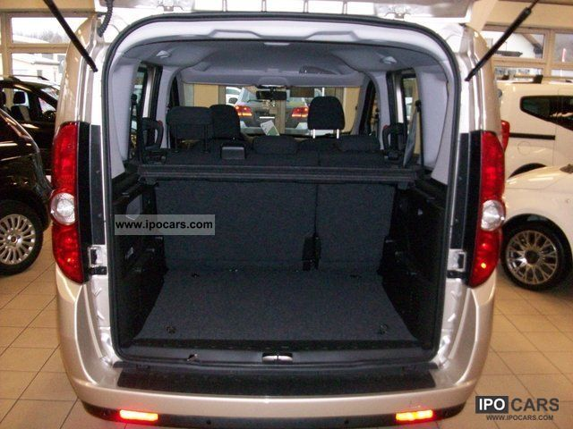 2012 Fiat Doblo 1.6 Multijet 90 DPF emotion - Car Photo and Specs