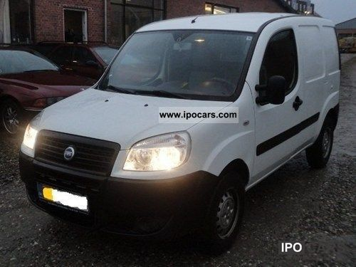 2007 Fiat  1.3 JTD SX Doblò Van / Minibus Used vehicle photo