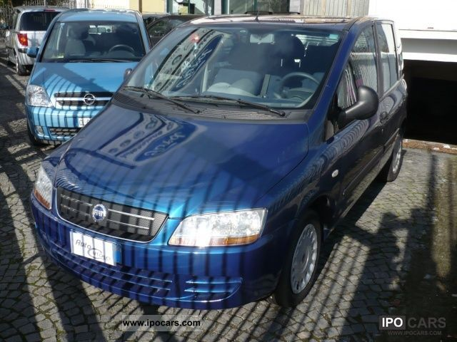 Fiat  Multipla 1.6 16V Natural Power (EURO 4) Se Usato 2005 Compressed Natural Gas Cars (CNG, methane, CH4) photo
