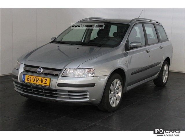 2007 Fiat  Stilo 1.9 JTD MW Edizione Cool Estate Car Used vehicle photo