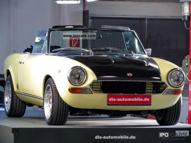 1980 Fiat  124CS Sport Spider rebuild Abarth-Look/Technik Cabrio / roadster Classic Vehicle photo