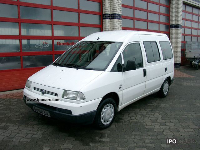 2002 Fiat  Scudo 1.9 diesel 9-seater Estate Car Used vehicle photo