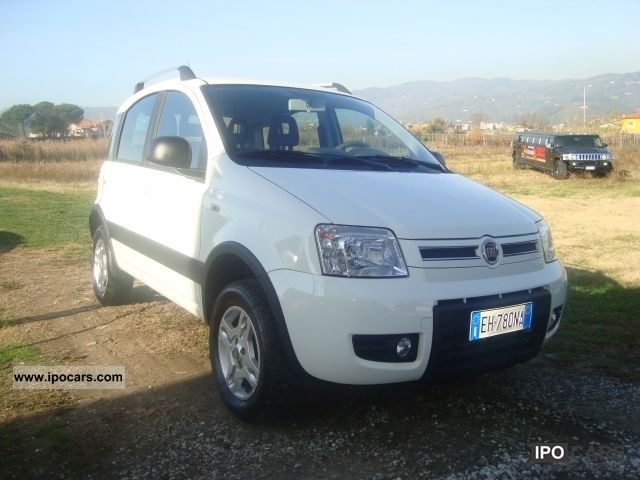 2010 fiat panda 4x4 climbing car photo and specs. Black Bedroom Furniture Sets. Home Design Ideas