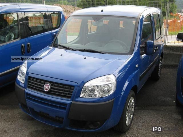 2011 Fiat  Doblo 1.3 JTDm 75 cv. Limousine Used vehicle photo