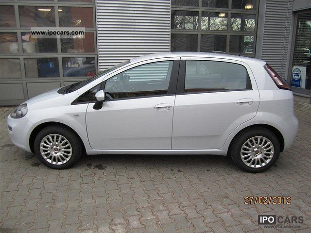 2012 fiat punto easy car photo and specs. Black Bedroom Furniture Sets. Home Design Ideas