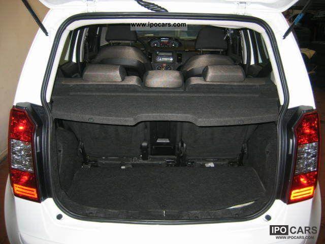 2006 fiat idea 1 4 16v dynamic lpg car photo and specs for Fiat idea 2006 full 1 8