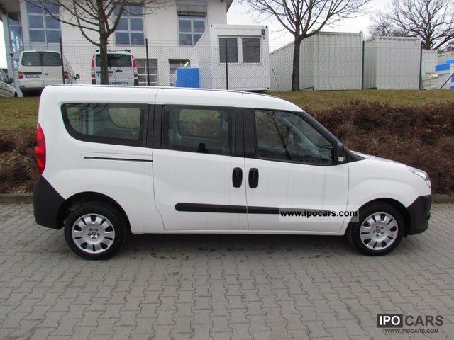 2011 fiat doblo combi maxi 6 1 multijet 39 39 truck 39 39 approval car photo and specs. Black Bedroom Furniture Sets. Home Design Ideas