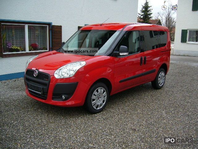 2011 Fiat  Doblo 1.6 Multijet Pop 90 DPF Van / Minibus New vehicle photo