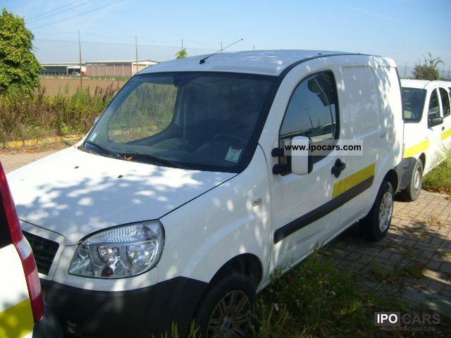 Fiat  Doblo 1.6 16V Natural Power Tax deductable 2007 Compressed Natural Gas Cars (CNG, methane, CH4) photo