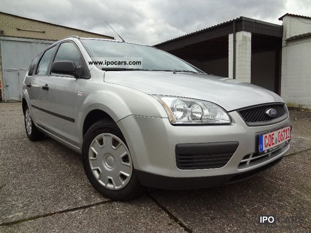 2005 Ford  Focus 1.6 - Service History - Estate Car Used vehicle photo