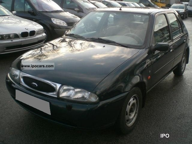 1997 Ford  Fiesta 1.25 Ghia 5-door automatic climate € 2 Small Car Used vehicle photo